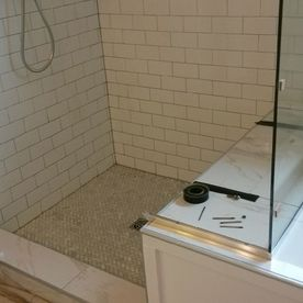 Hillview Avenue – Shower 02