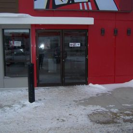 McPhillips – Commercial Entrance 01